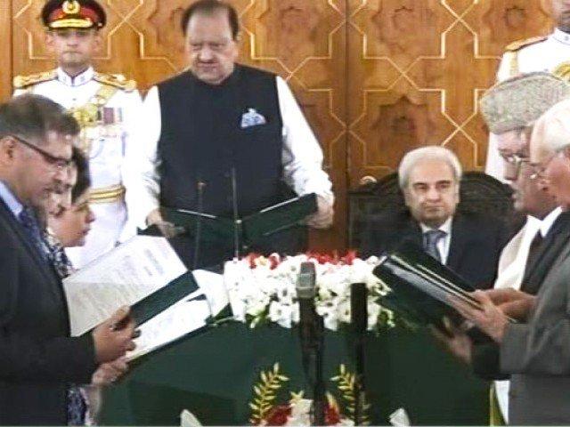 نگران وفاقی کابینہ