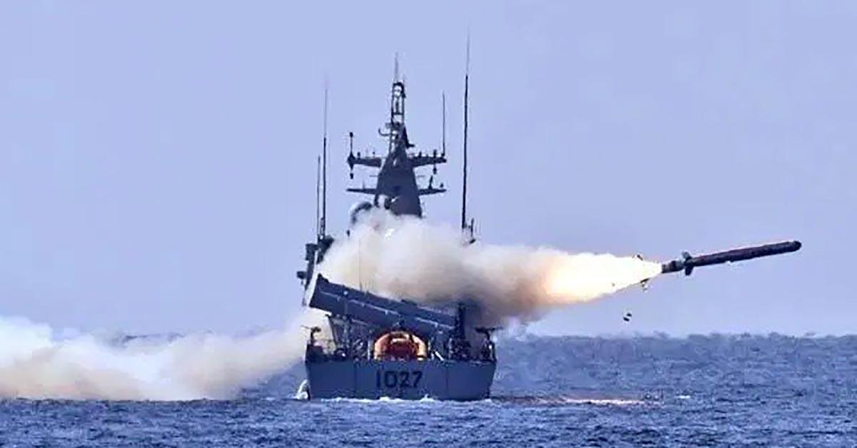 Pakistan Navy missiles